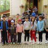 Elevi ai Scolii Liviu Rebreanu - Biserica Soborul Maicii Domnului
